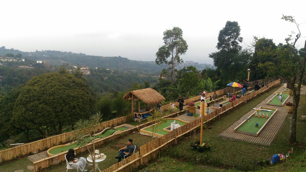 Serunya Nongkrong di Lereng Anteng Panoramic Coffee Place