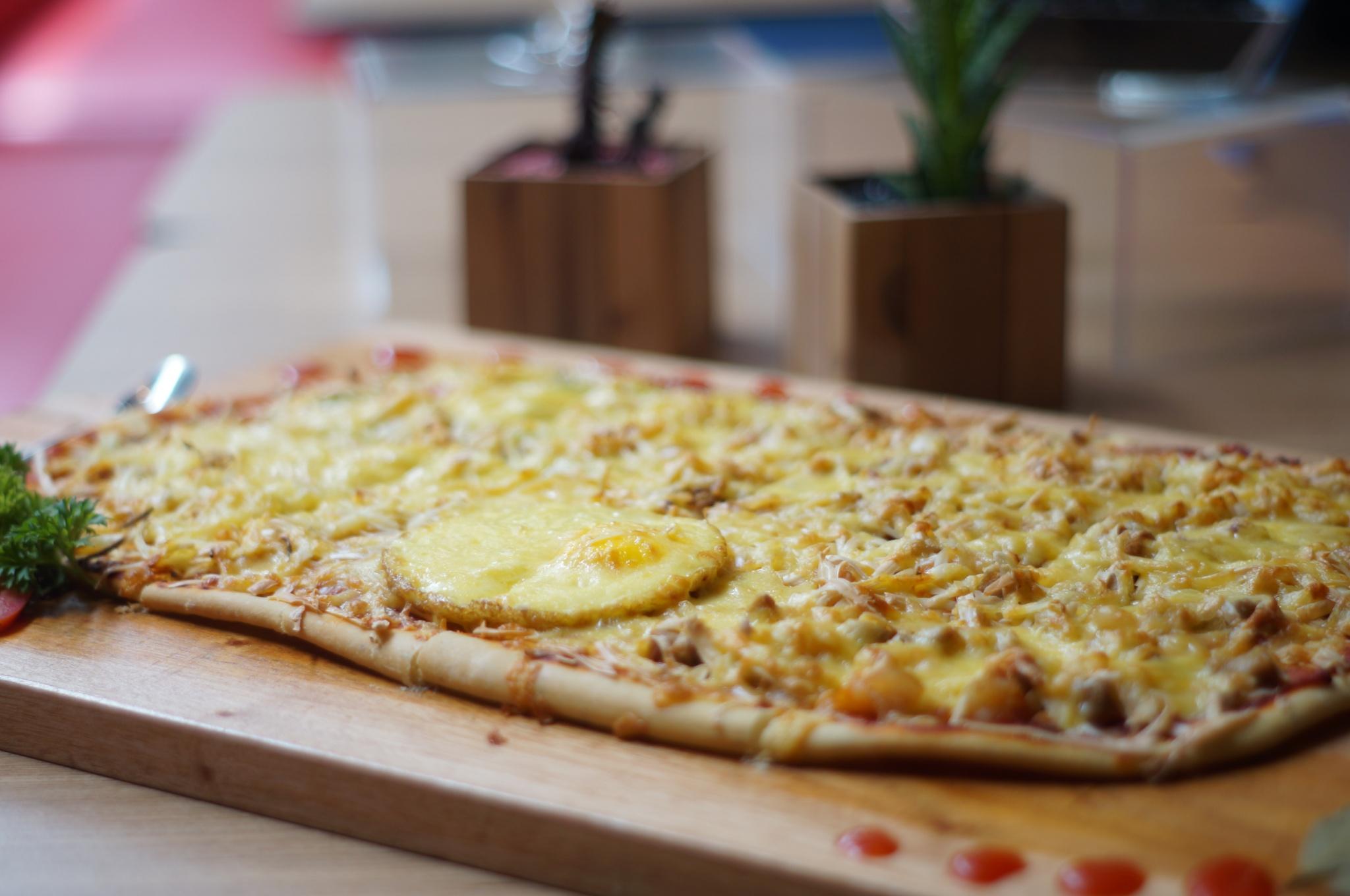 Giant Pizza / Destinasi Bandung