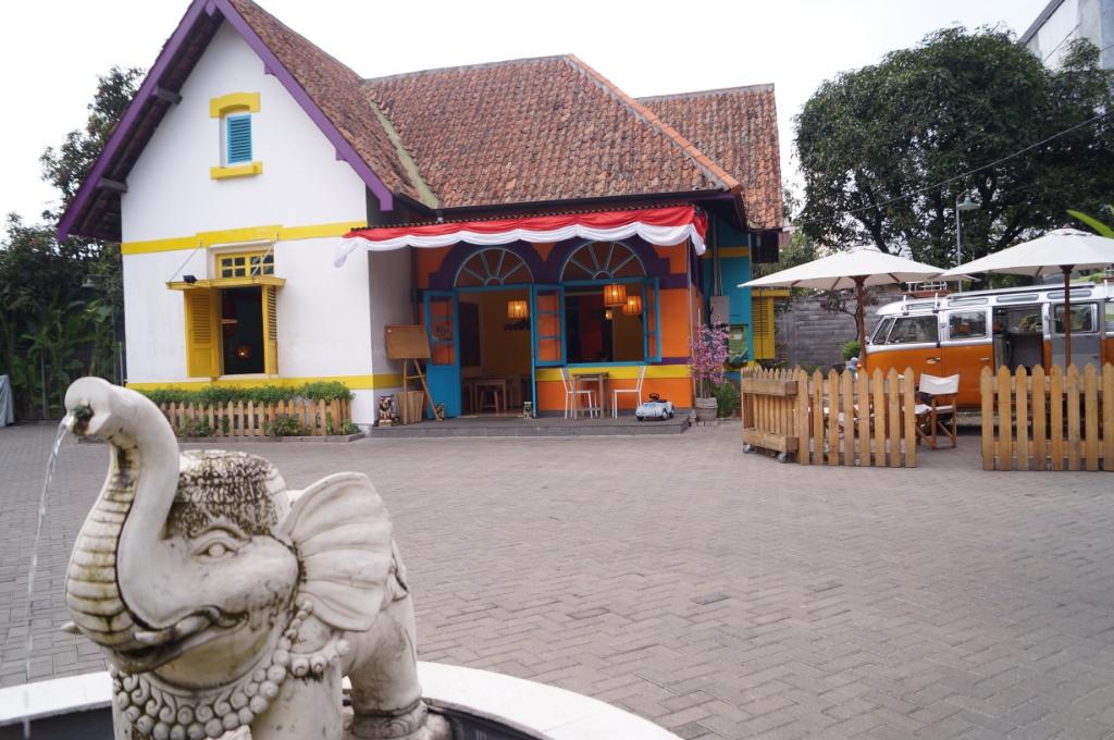 Talad Thai / Destinasi Bandung