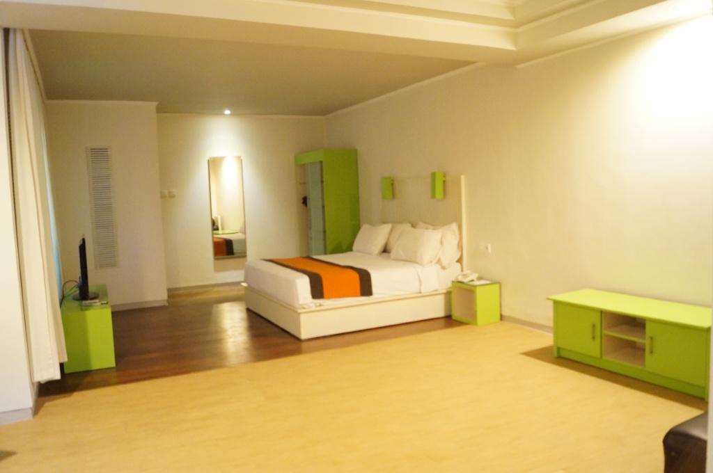 Hotel Yani Bali / Destinasi Bandung