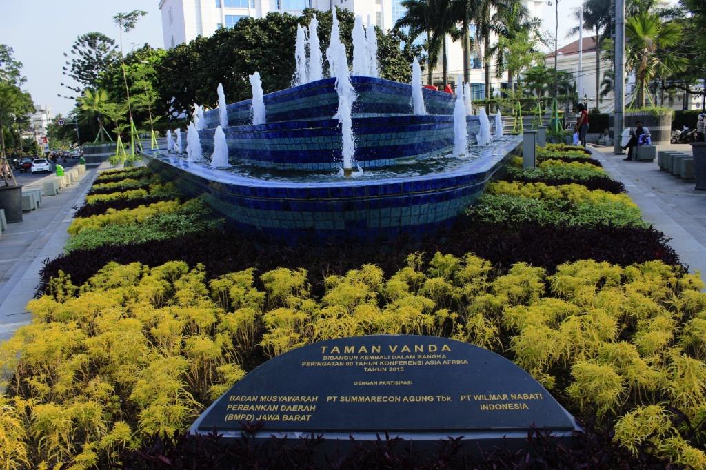 Taman Vanda / Destinasi Bandung