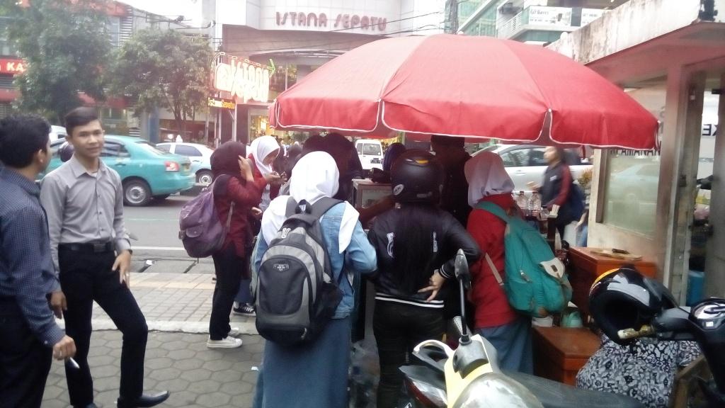 Bakso ikan bip / Destinasi Bandung