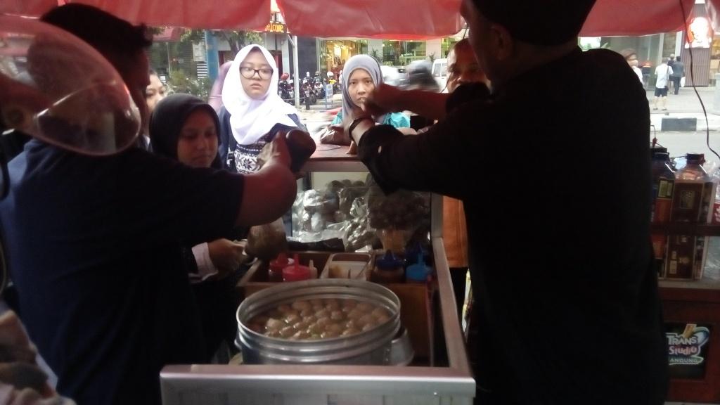 Bakso ikan express bip / Destinasi Bandung