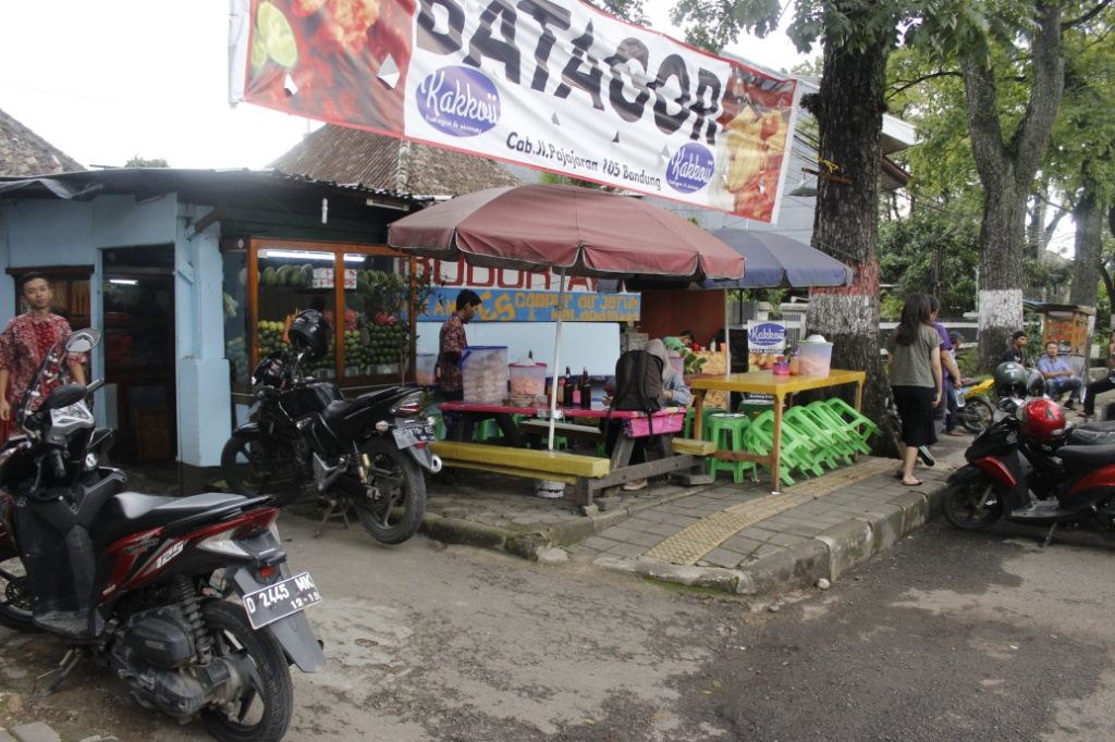 Bubur Ayam Haji Amid / Destinasi Bandung