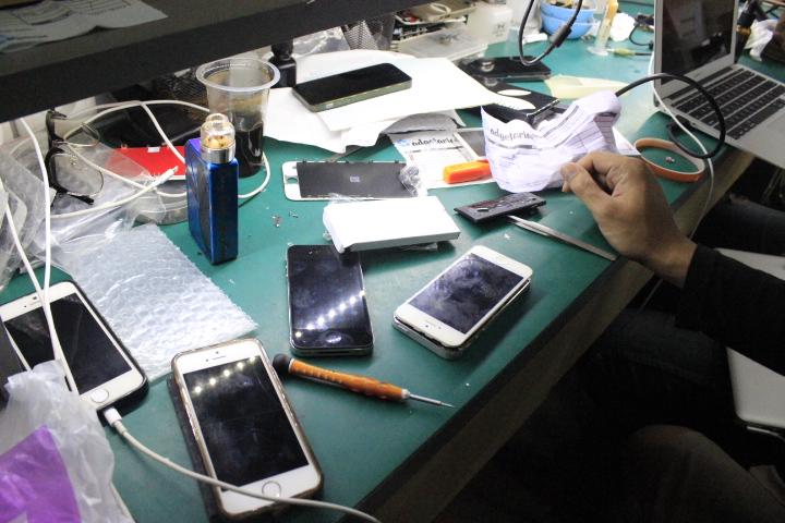 Tempat service Iphone / Destinasi Bandung