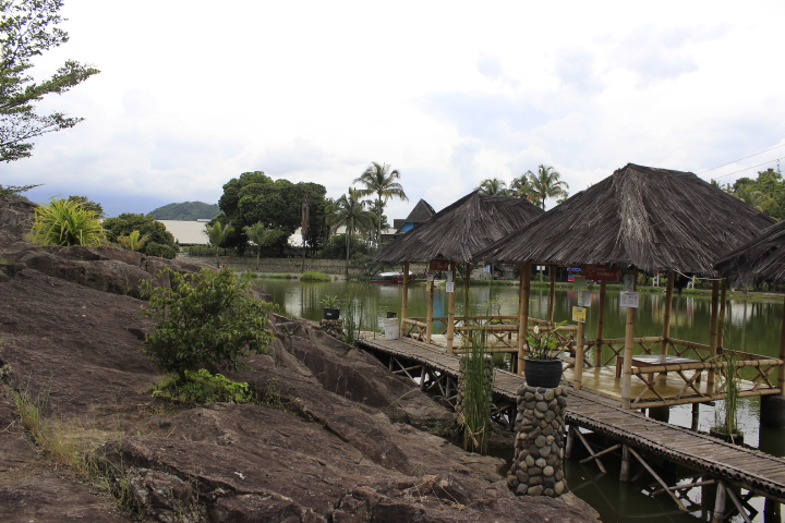 Kampung Batu / Destinasi Bandung