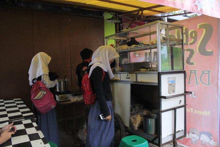 Seblak seuhah bagus rangin / Destinasi Bandung