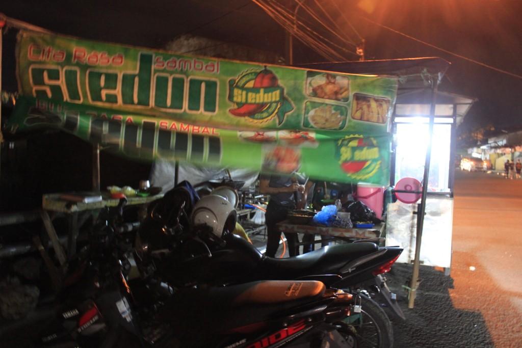 Nasi pedas si edun / Destinasi Bandung