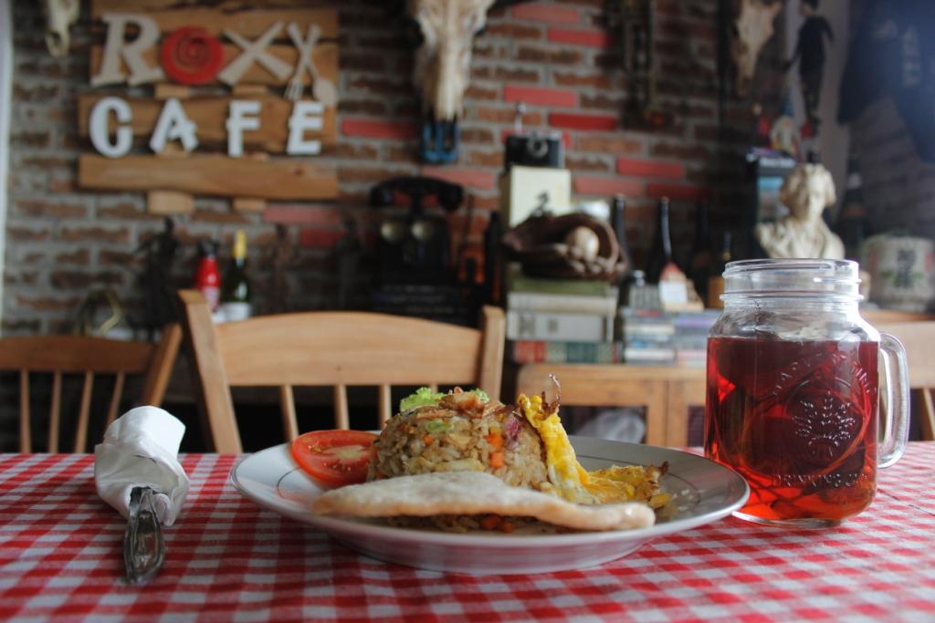 Roxx Cafe / Destinasi Bandung