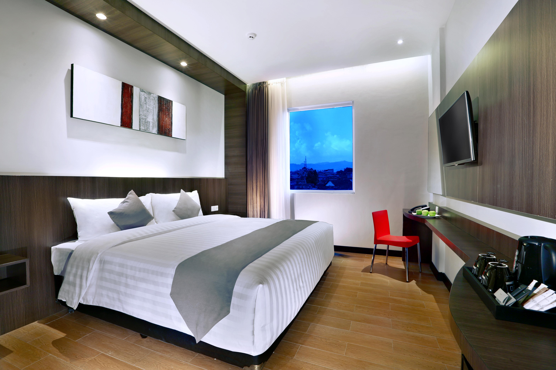 Neo Hotel Dipati Ukur