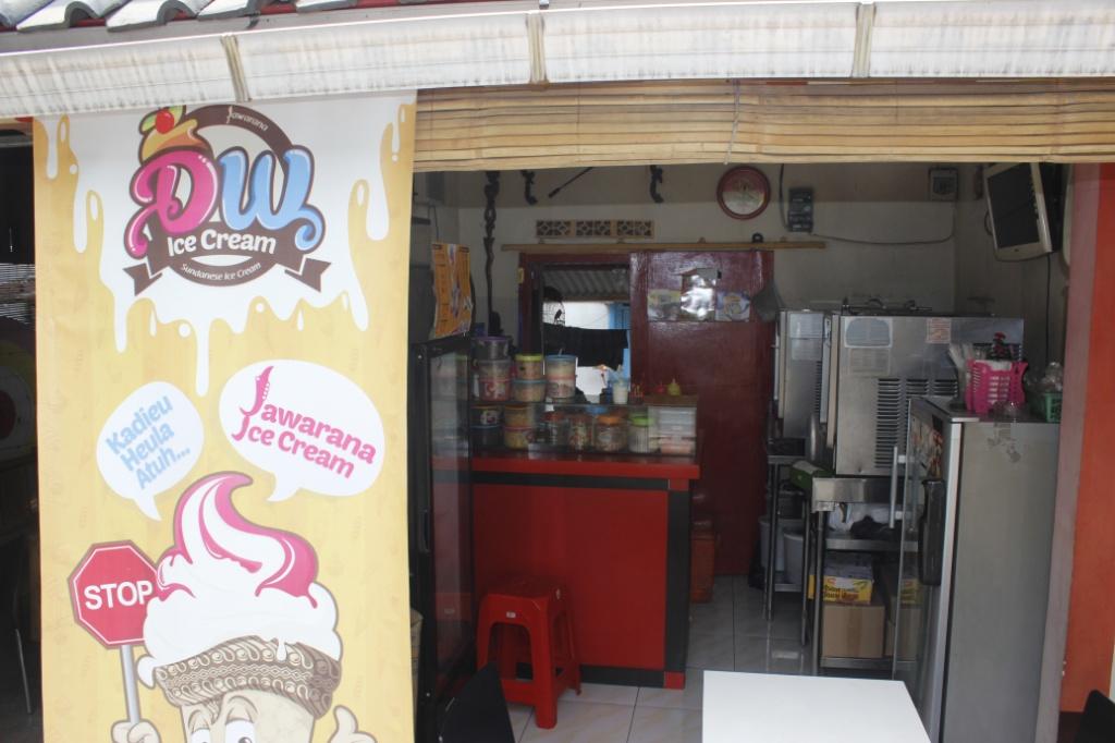 DW Ice cream / Destinasi Bandung