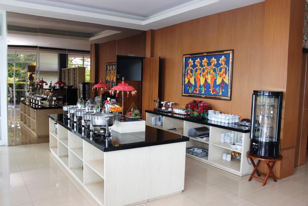Indahnya view gunung tangkuban parahu dari kamar moscato for Dekor kamar hotel di bandung