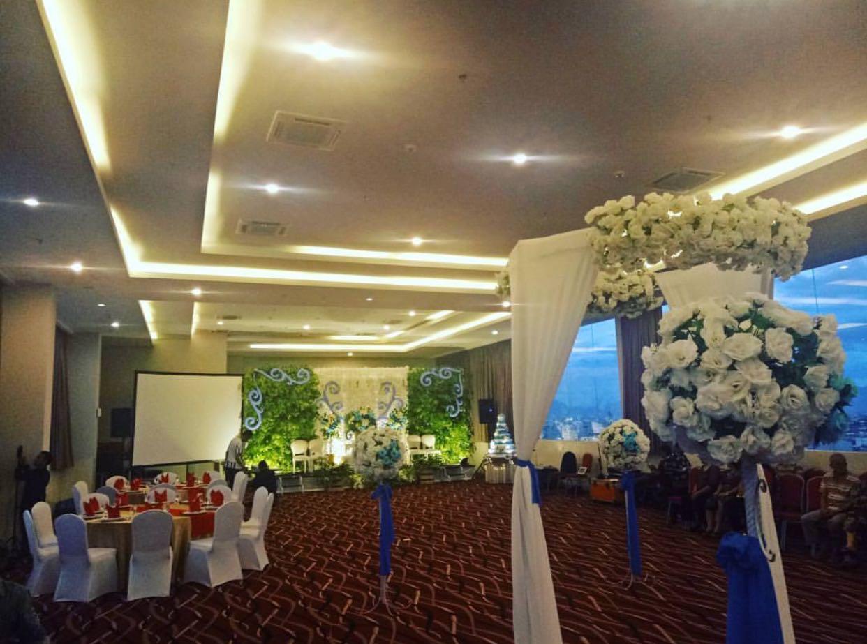 Wedding Exhibition Stall : Wedding package favehotel hyper square hanya rp