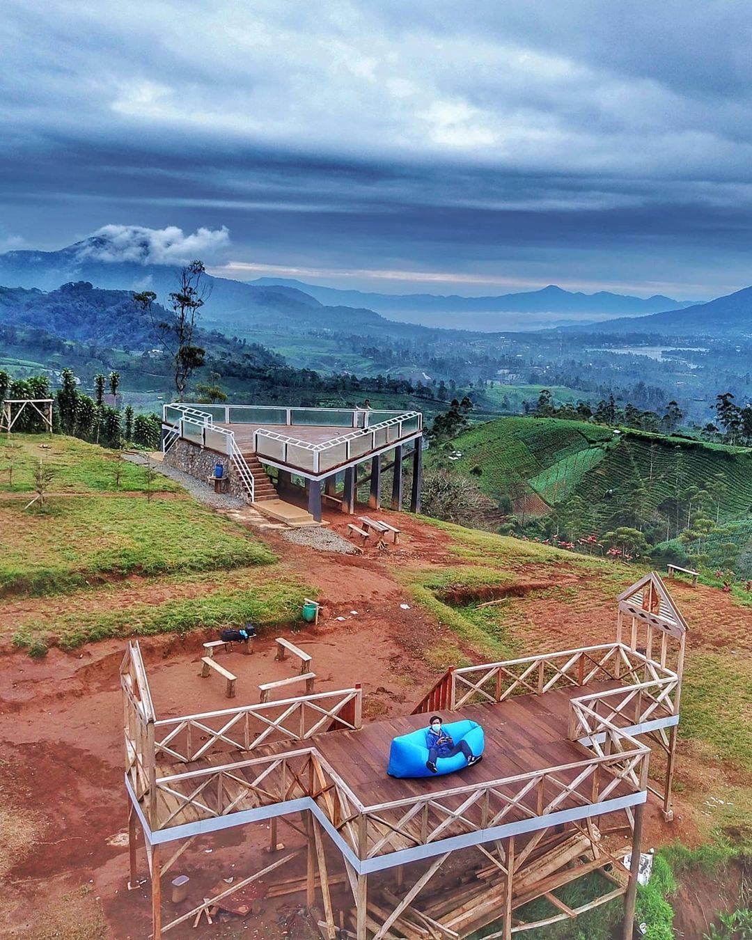 Taman Langit Pangalengan Tempat Wisata Terbaru di Bandung, Ini ...